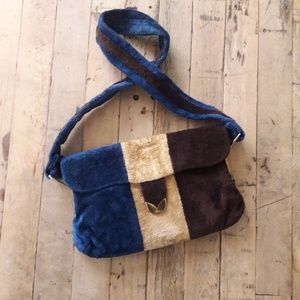 Amazing! Vintage 70's velour gold shoulder bag!
